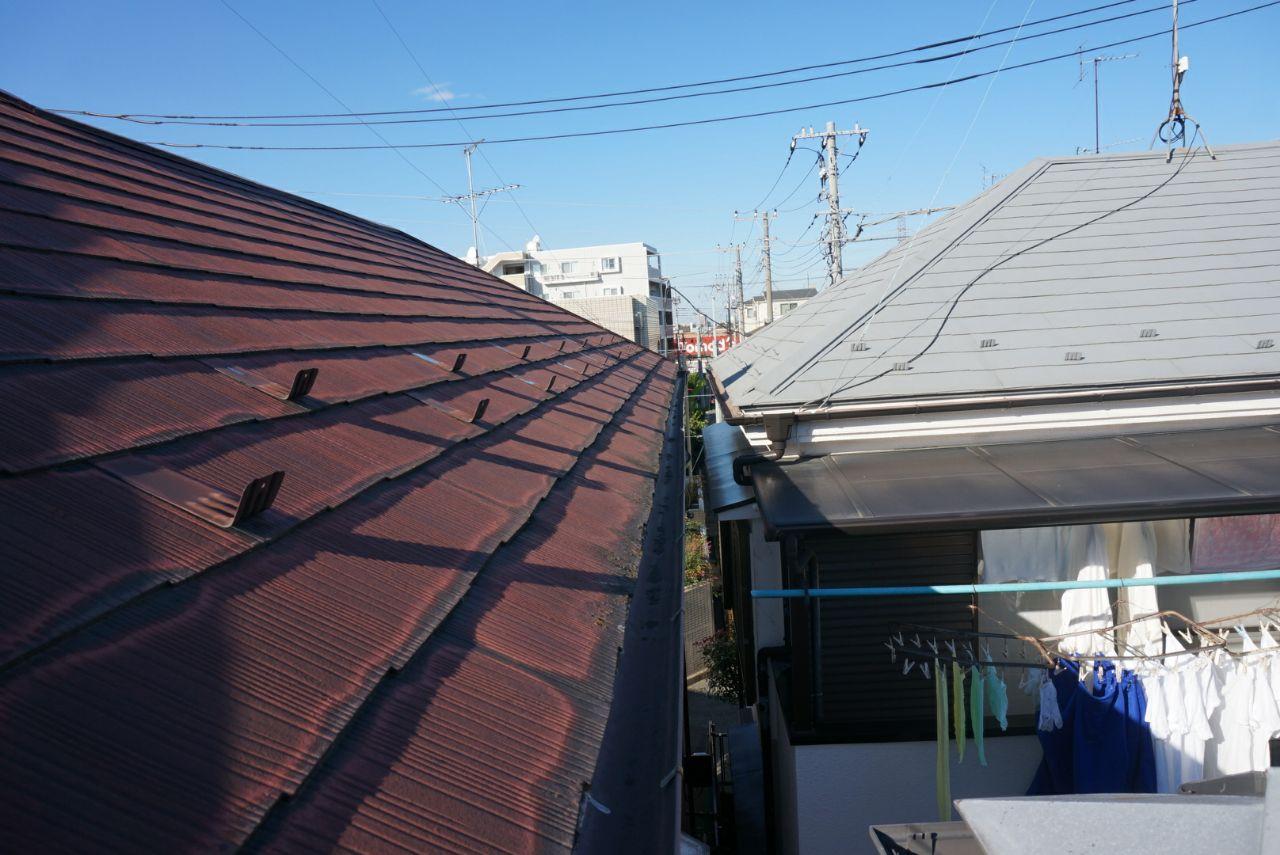 東京都小平市にて雨樋交換・屋根板金の修理工事