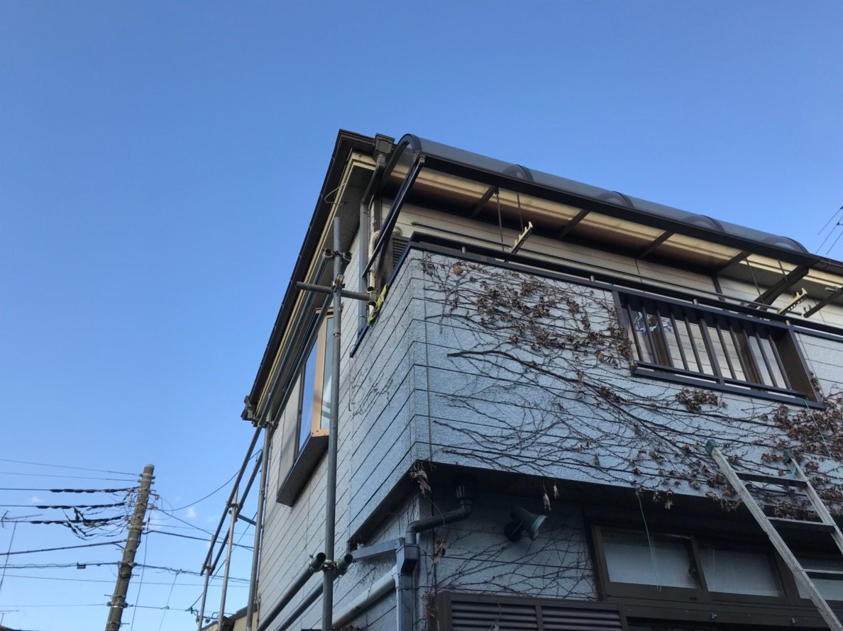 小平市で火災保険申請による雨樋交換を実施