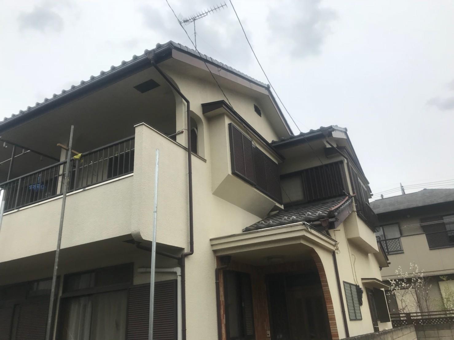 東京都練馬区で火災保険申請による雨樋無料交換1