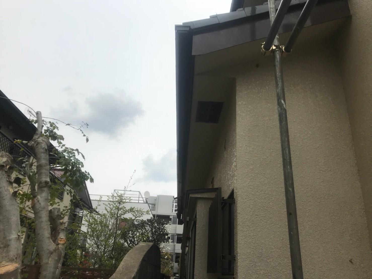 東京都練馬区で火災保険申請による雨樋無料交換5