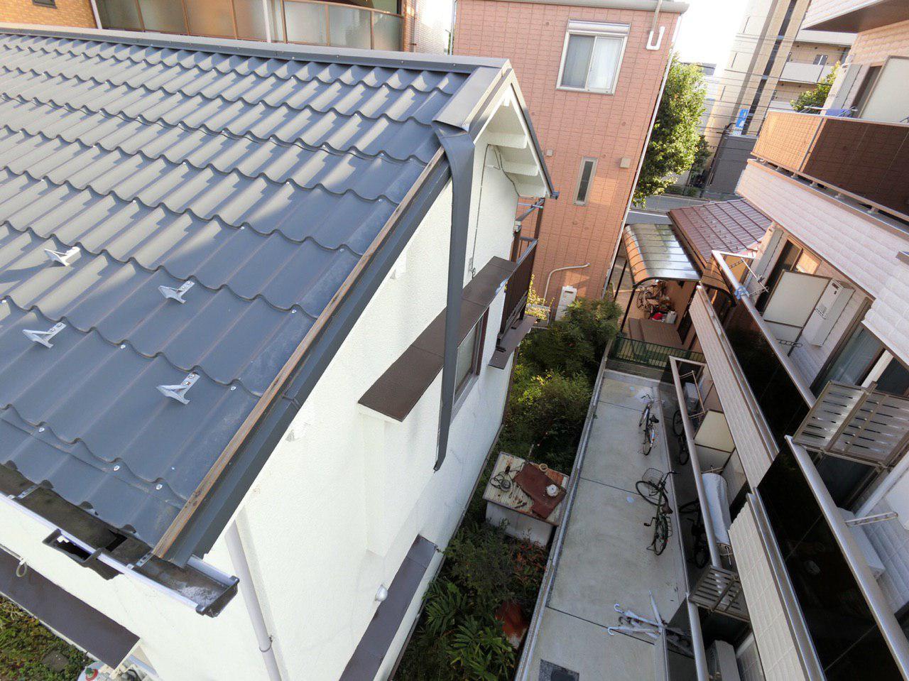 台風15号の被害は江戸川区でも発生!屋根のケラバ板金の損傷で火災保険申請中!