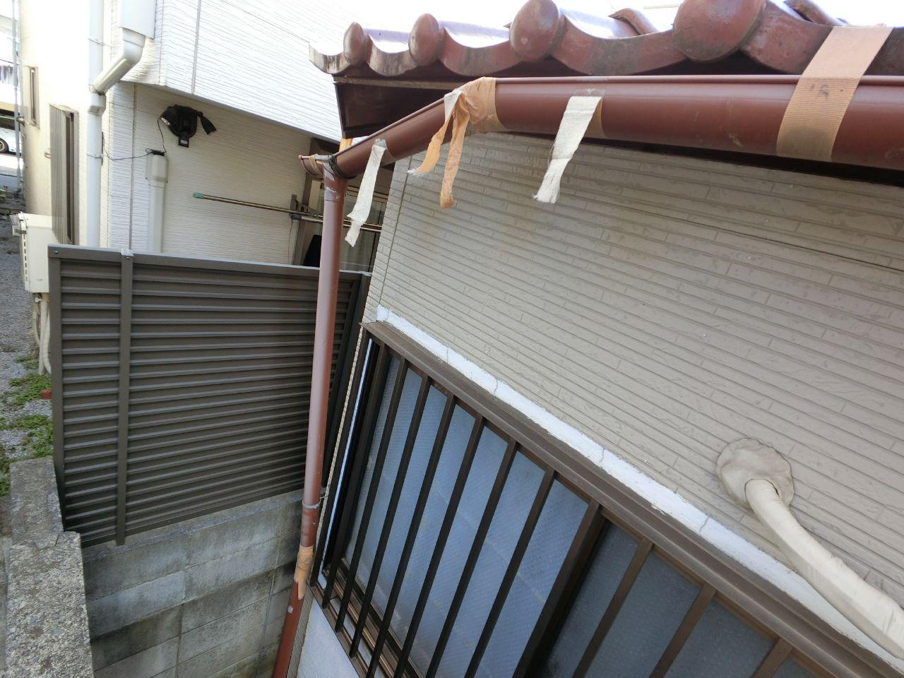 中野区にて大雪被害!火災保険を使って雨樋交換工事