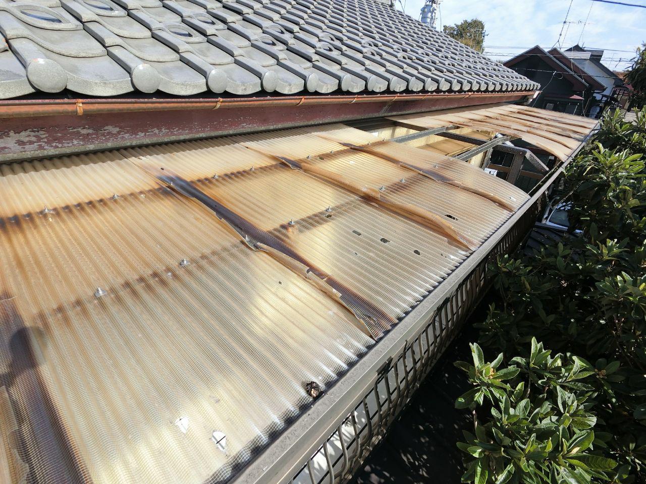 東村山市で雹と台風19号の被害あり!波板及び雨樋交換修理工事!