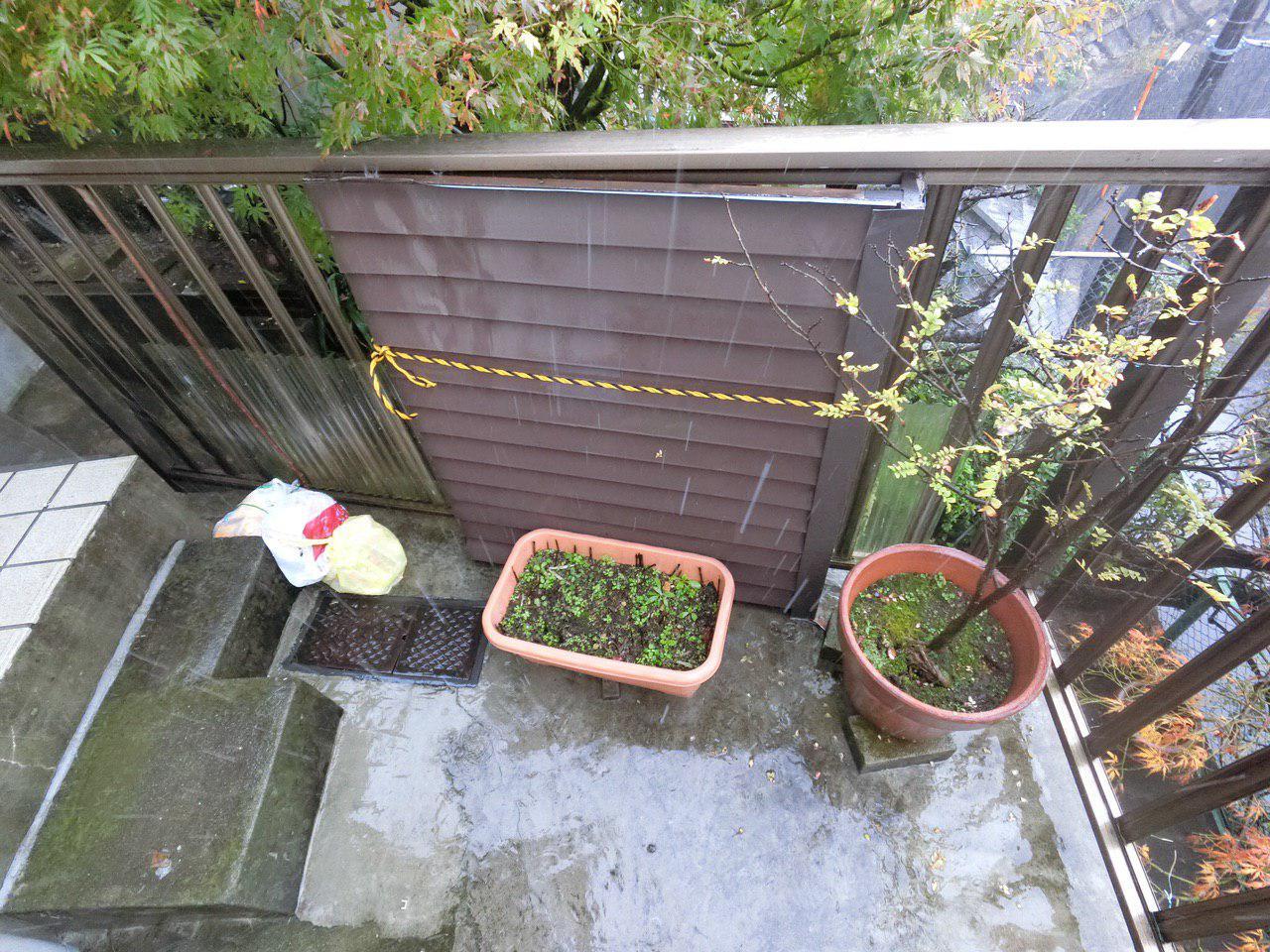 松戸市で戸袋と軒天井の損傷あり!ハートホームの損害調査!