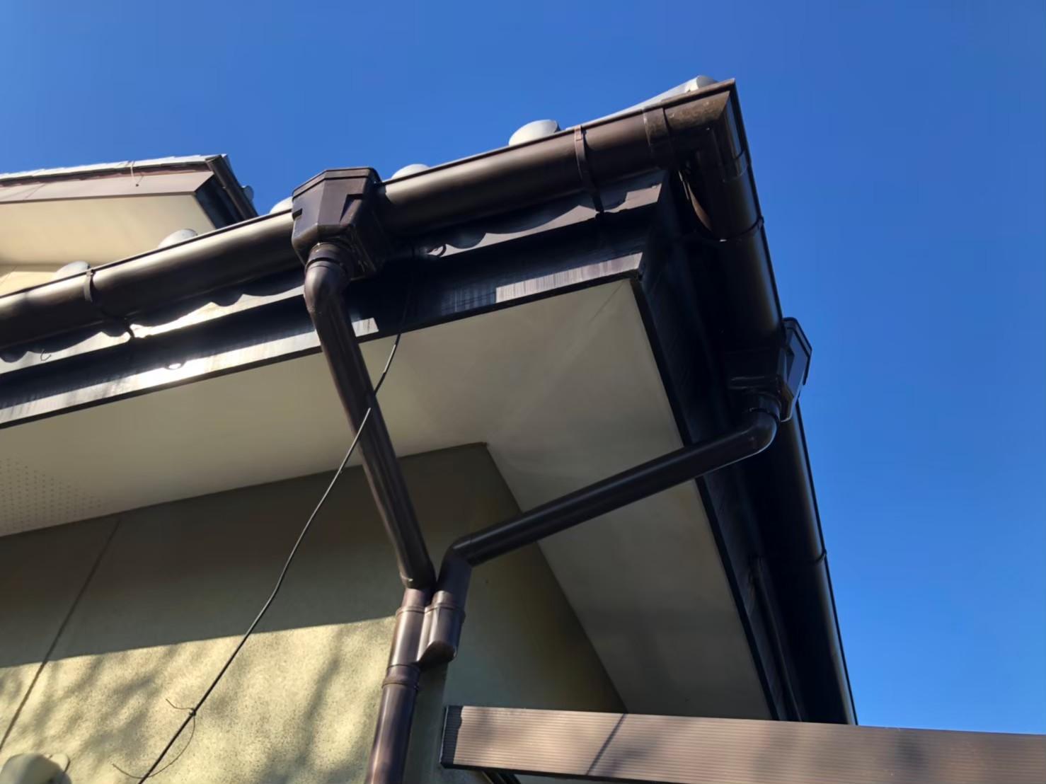【施工完了報告!】埼玉県所沢市で火災保険を活用して波板&雨どい交換工事を行いました!