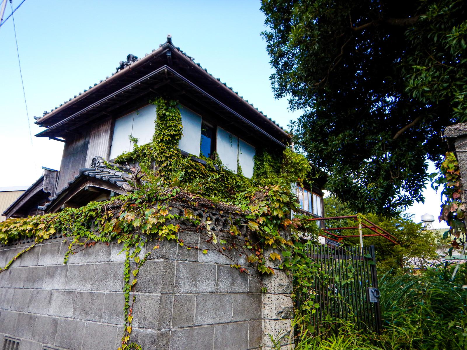 【施工完了報告!】千葉県船橋市にて破風部の塗装を行いました!