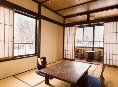【施工完了報告!】埼玉県鳩ケ谷市にて大雪で破損した雨どい交換&カーポートを工事!