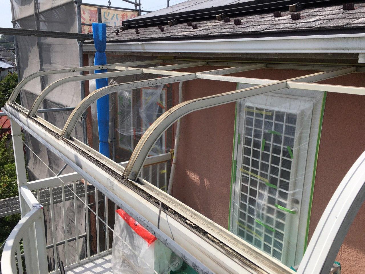 相模原市中央区にてベランダ屋根交換&軒天井塗装を完了!