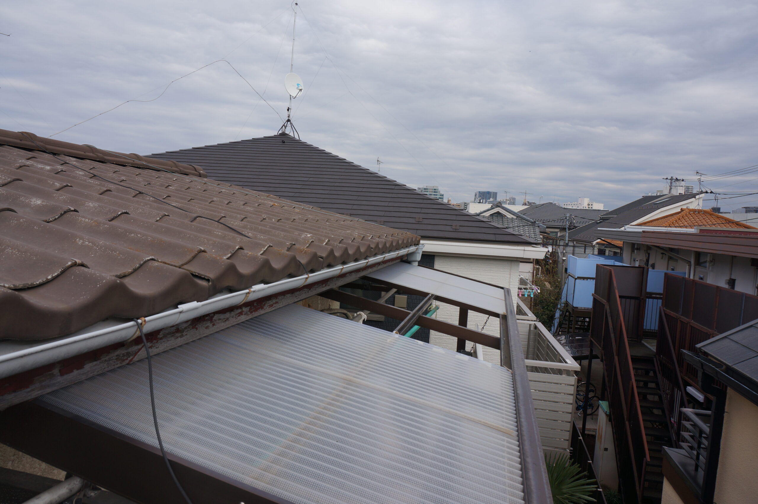 小金井市で屋根雨樋の住宅調査を実施