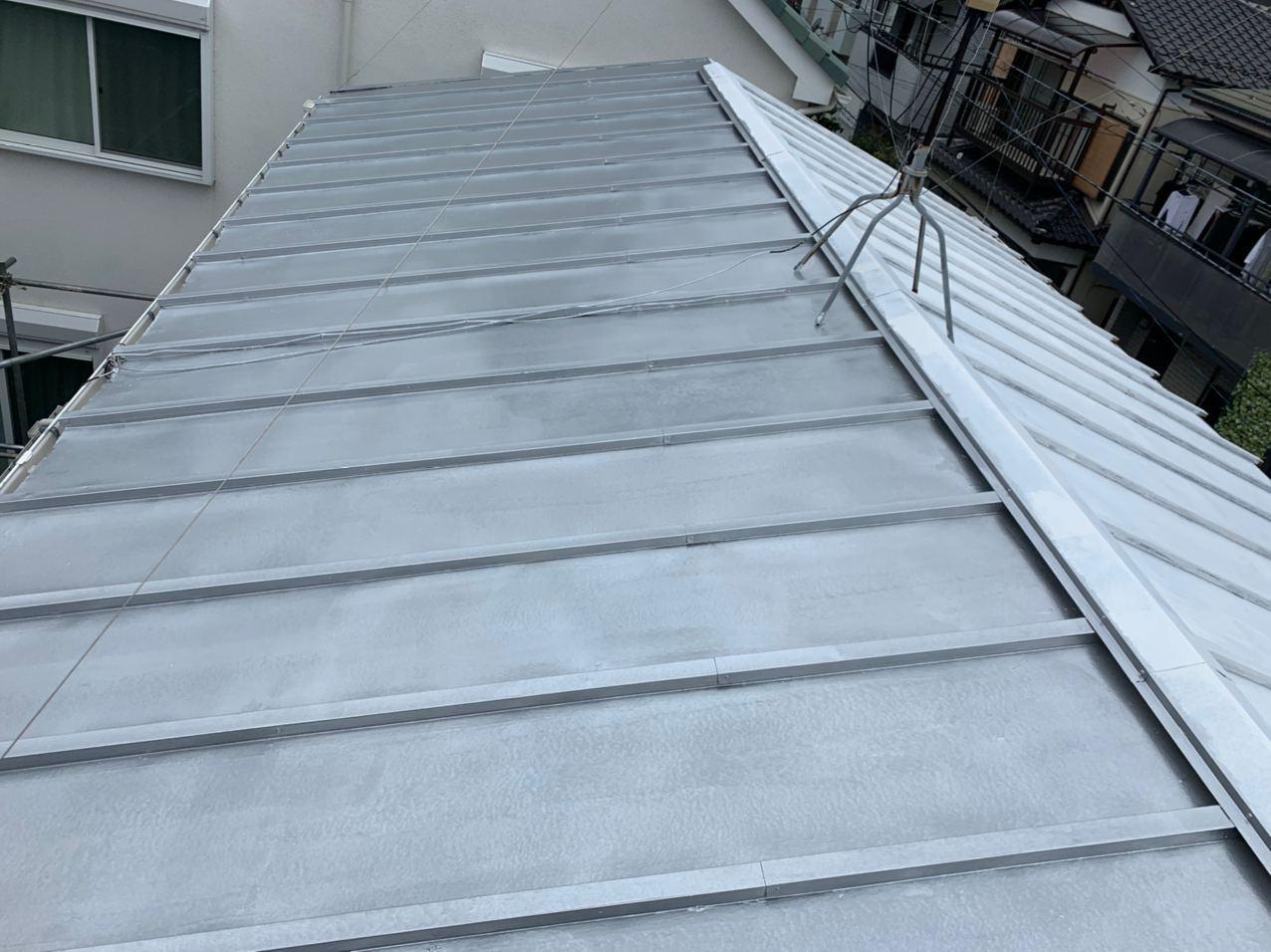神奈川県厚木市にて棟板金交換・屋根塗装工事