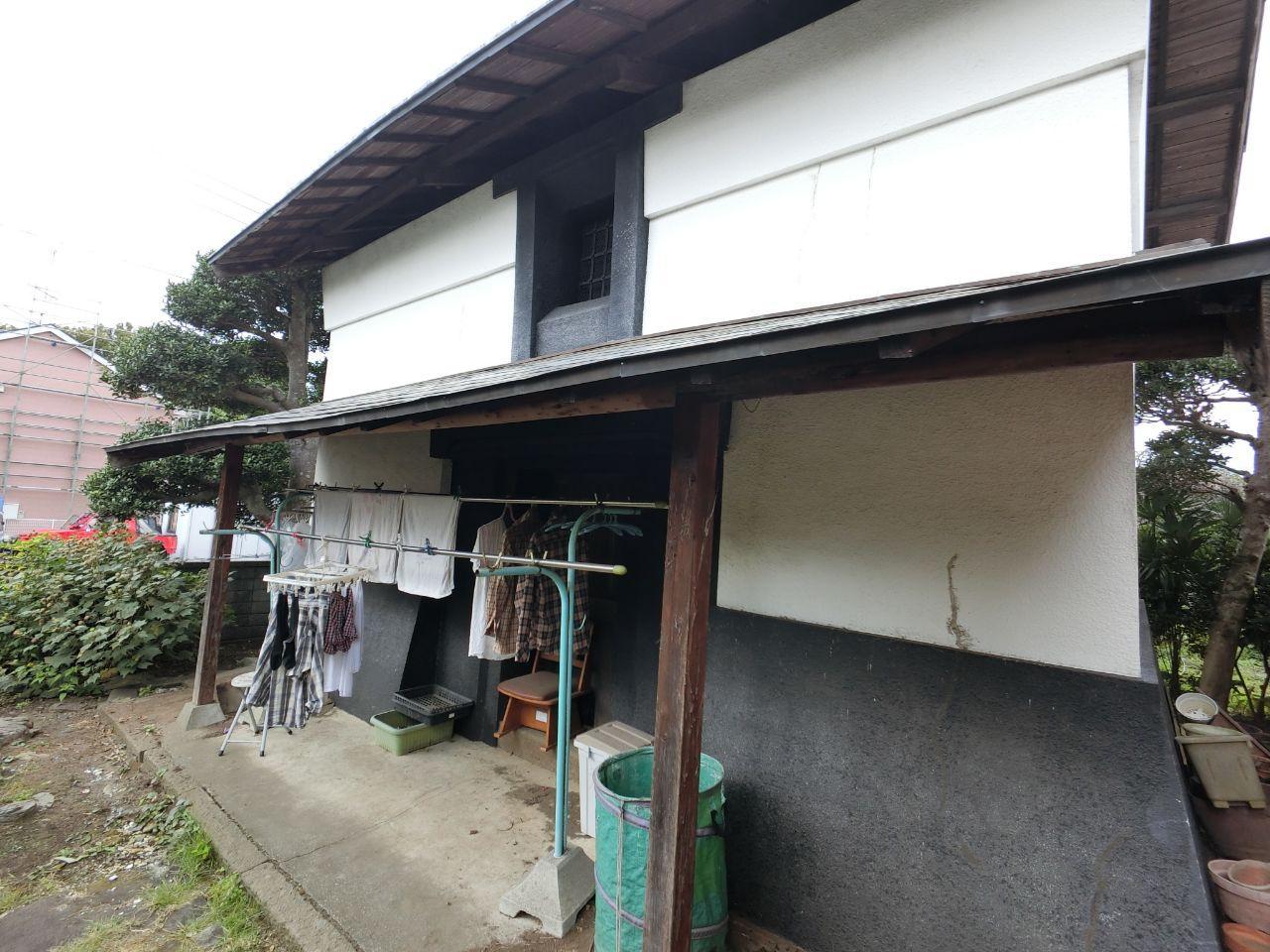 相模原市で内蔵屋根葺き替え工事