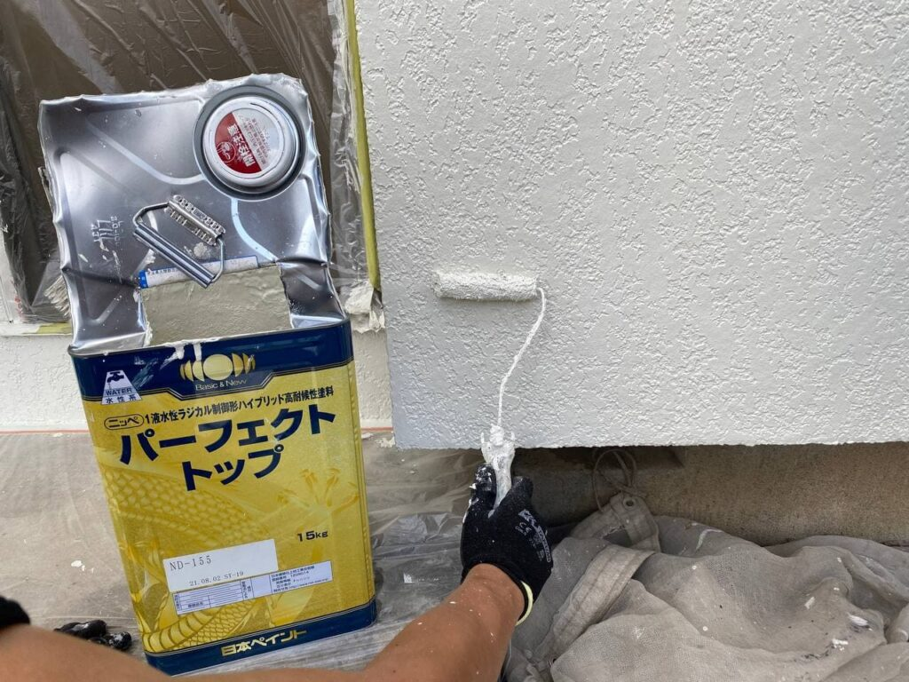 屋根診断も可能!藤沢市で棟瓦漆喰外壁塗装